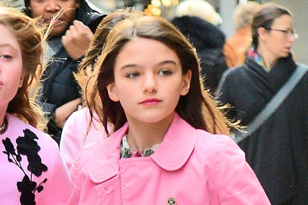 Suri Cruise wiki (Tom Cruise and Katie Holmes Daughter ...