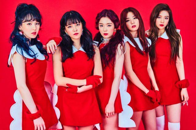 Red Velvet Irene with her team