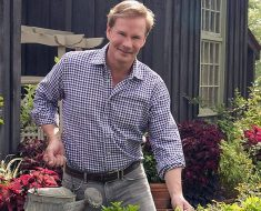 Is P Allen Smith Gay