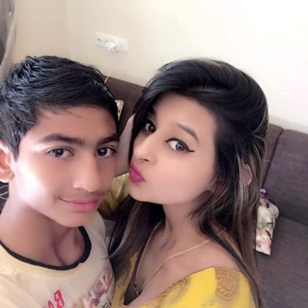 Ankita-Dave-with-her-brother