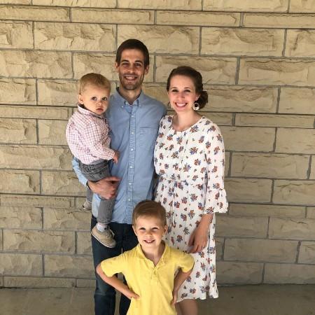 Jill Duggar and her husband Derick Dillard with Kids