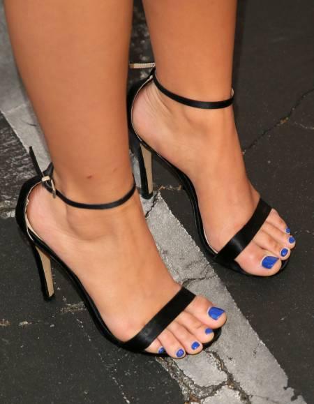 Ariel Winter Feet size