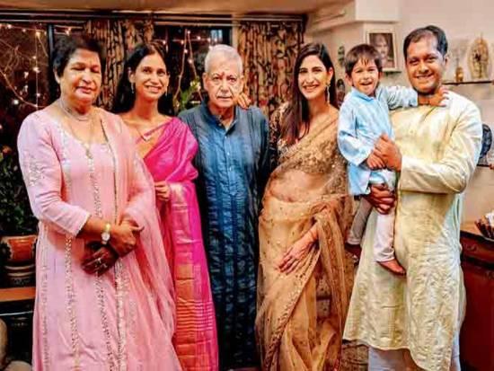 Aahana with Family