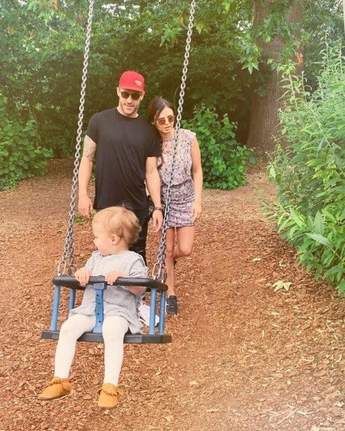Faf Du Plessis with wife and Daughter